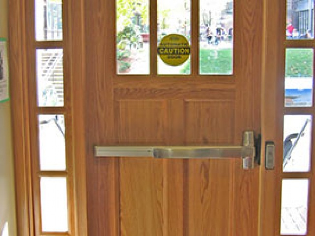 TORMAX 1201 Swing Doors
